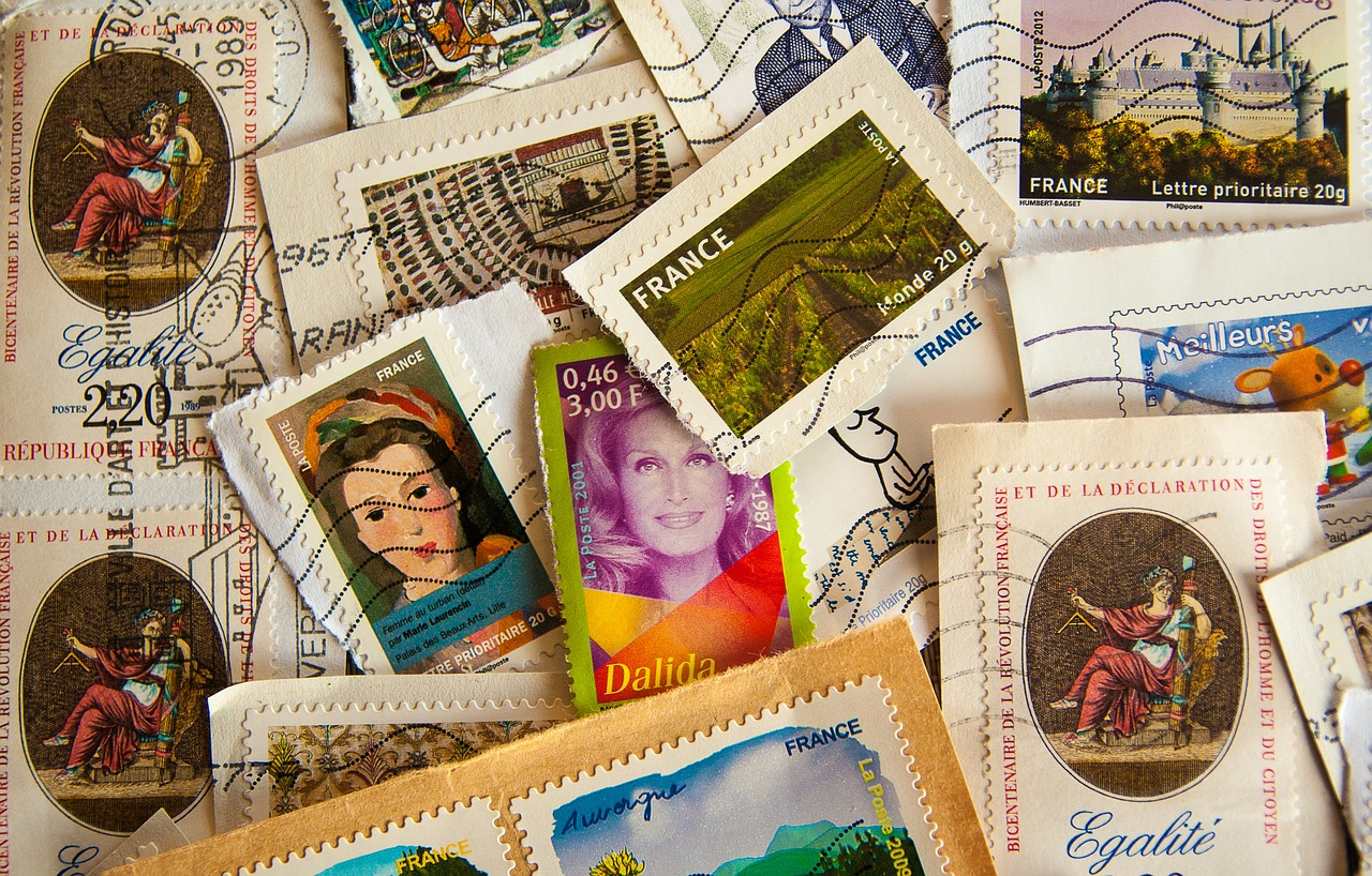Do-Walmart-sells-stamps